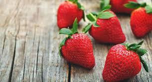 خواص شگفت انگیز توت فرنگی که دانستن آن برای سلامتی مفید است