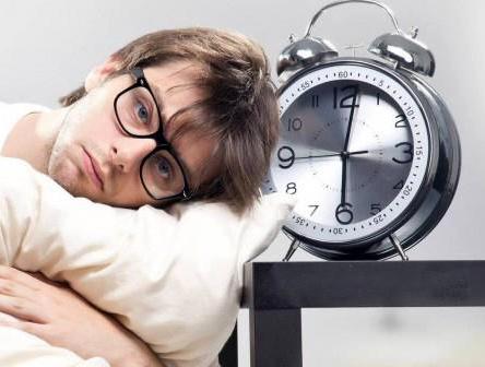 مضرات خواب کافی نداشتن برای بدن انسان